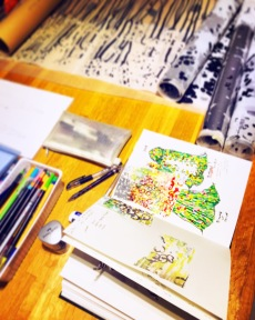 The making of the oversized printed capes 試色、排花、手繪